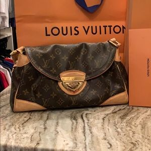 Louis Vuitton Beverly handbag